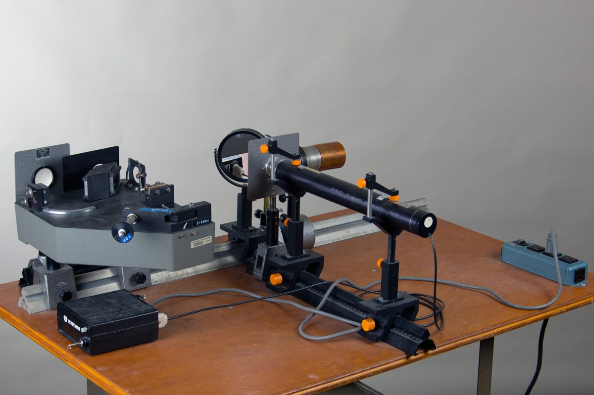 M3-01 MICHELSON INTERFEROMETER - LASER LIGHT
